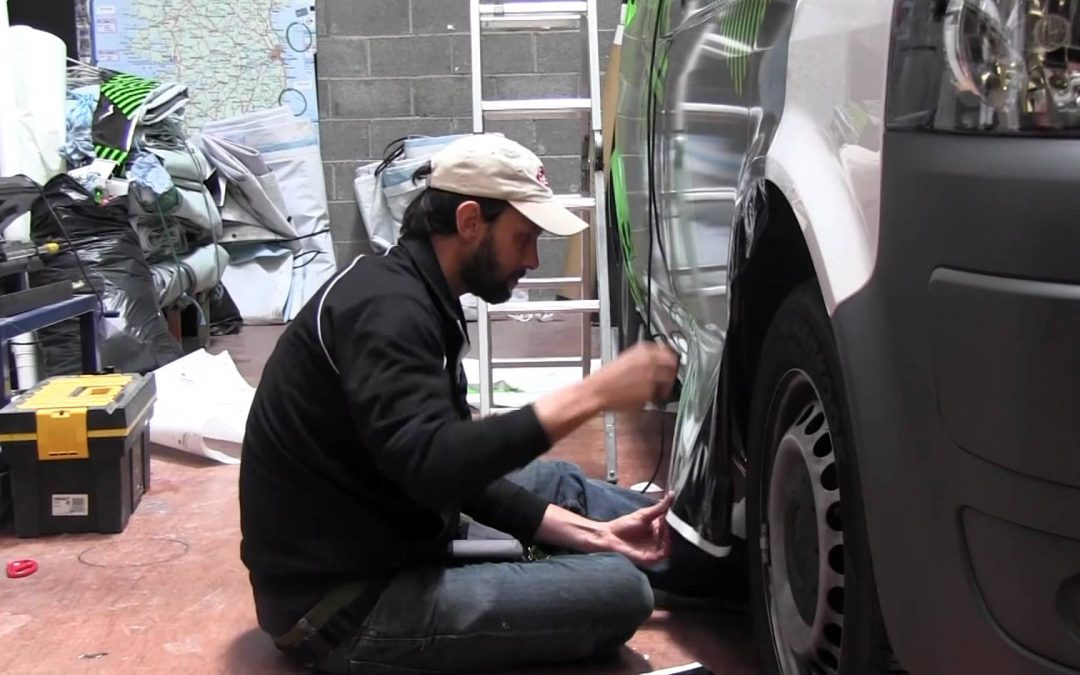 Time Lapse Vehicle Wrapping: Roland Service Team Van